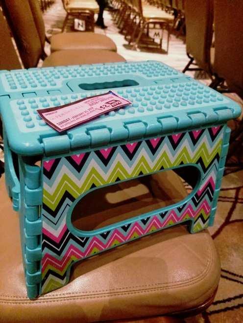 j2 sandwhich stool